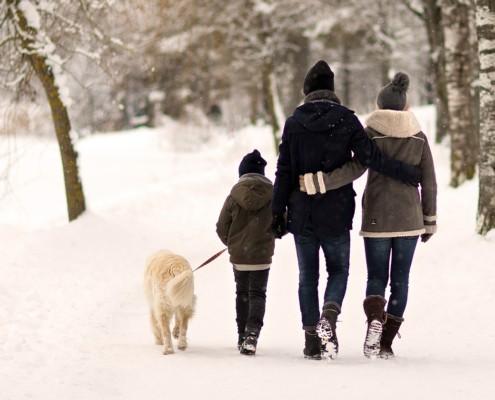 Romantische Wanderung im Winter