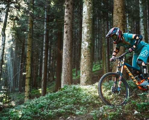 Downhill Girl in Leogang